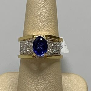 Jewelry - 18k Yellow Gold Diamond and Sapphire Ladies Ring